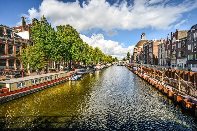 amsterdam-2244033_960_720