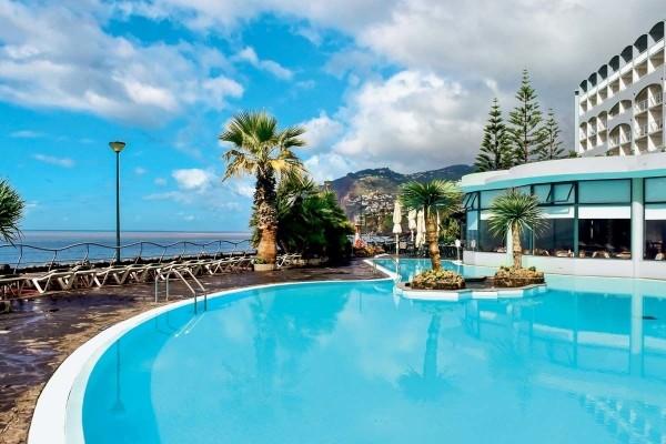PMVC-Madere-heliades-pestana-ocean-bay-resort-suite_436428_pgbighd
