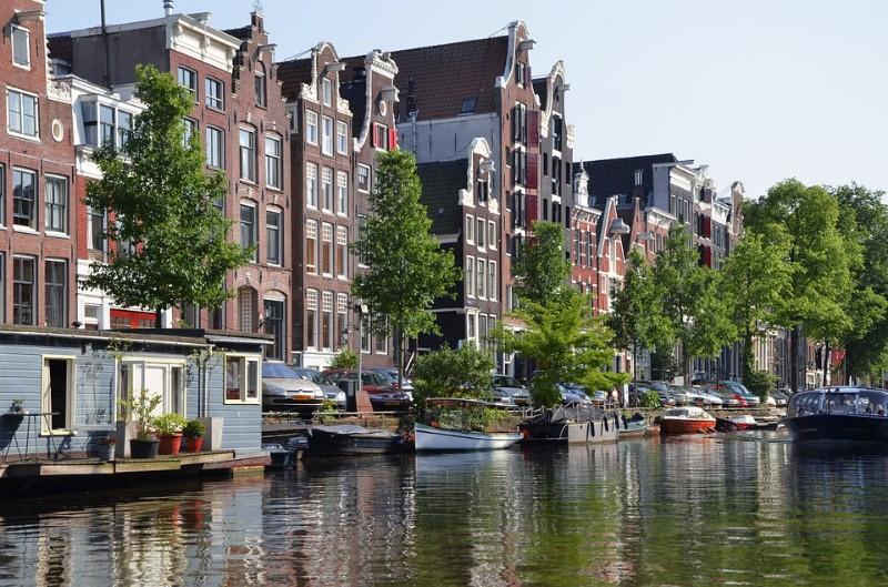 amsterdam-988040_960_720