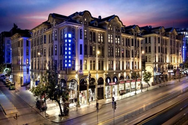 facade-crowne-plaza-istanbul-old-city_408865_pgbighd