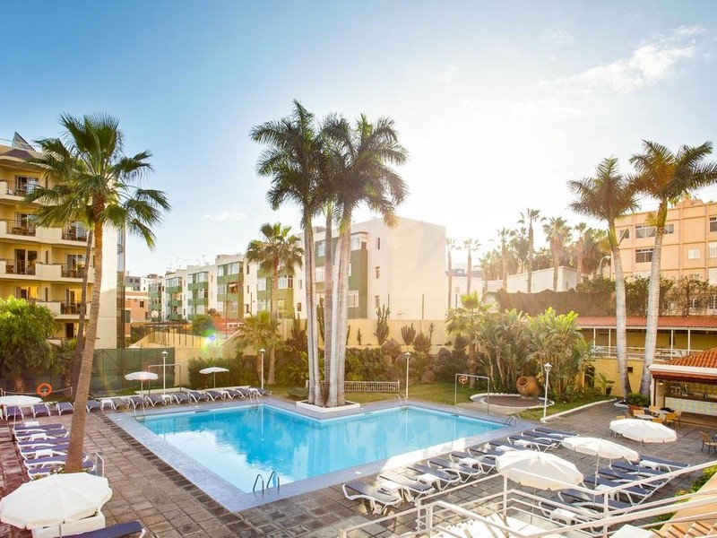 carrefour-pds-Be-Live-Adults-Only-Tenerife-1