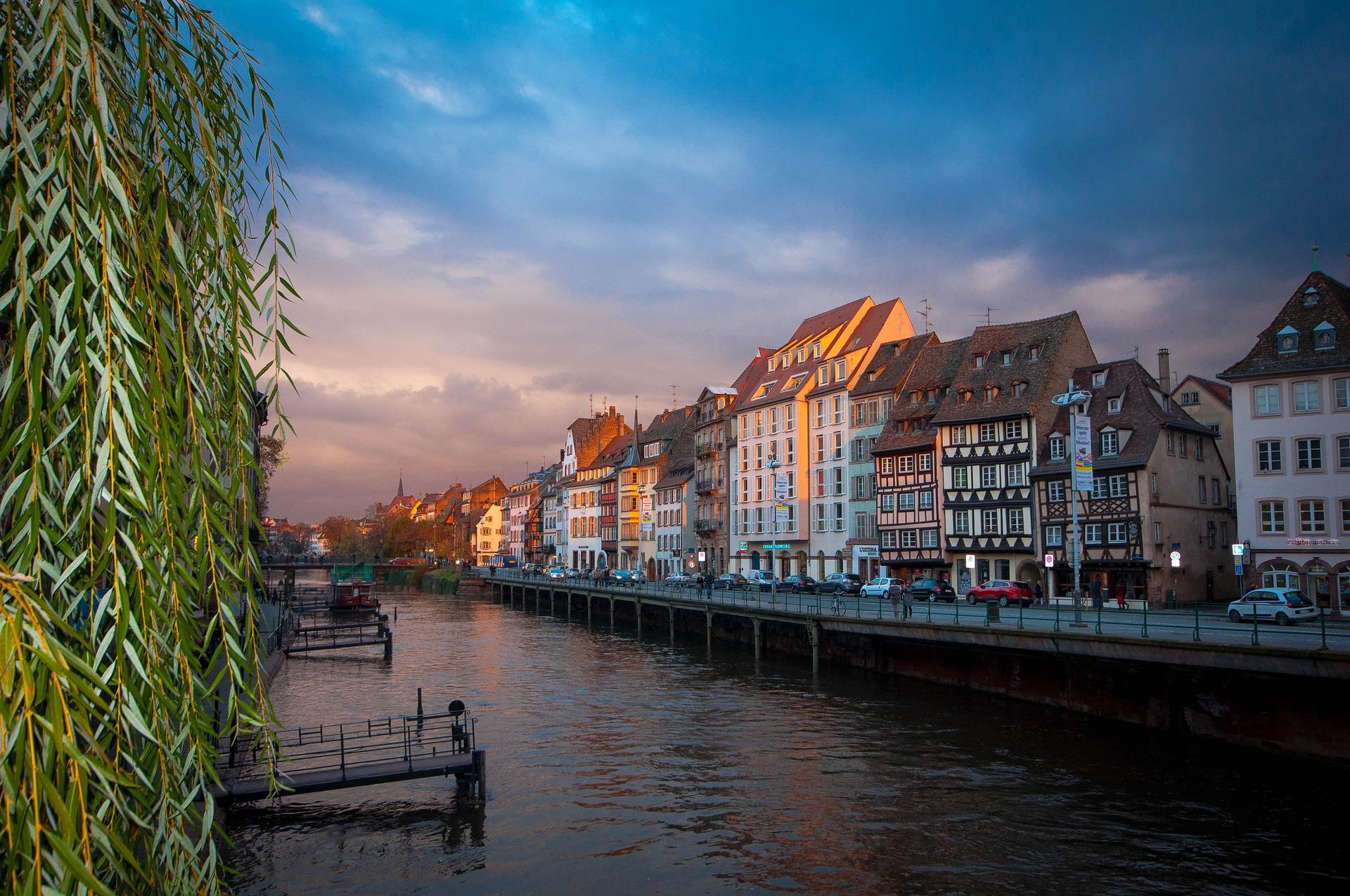 Alsace-Strasbourg-France-pas cher