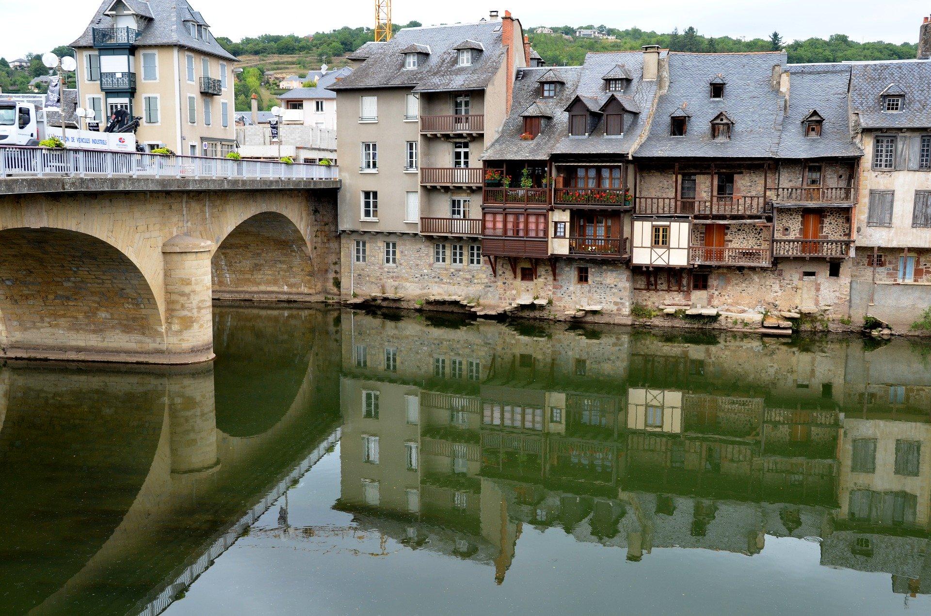 Auvergne-France-pas cher